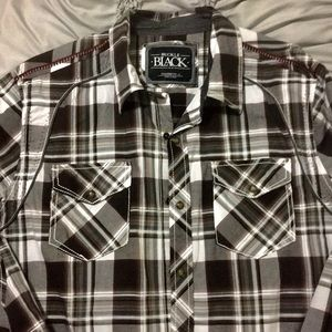 LIKE NEW BUCKLE BLACK long sleeve snap shirt